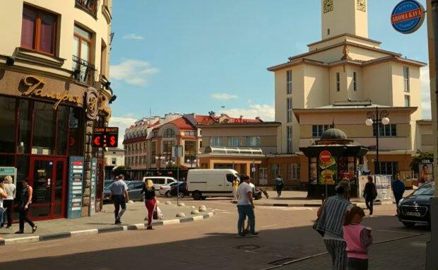 Школы Прикарпатья возглавили список лучших учебных заведений Украины - ВНО на все 200
