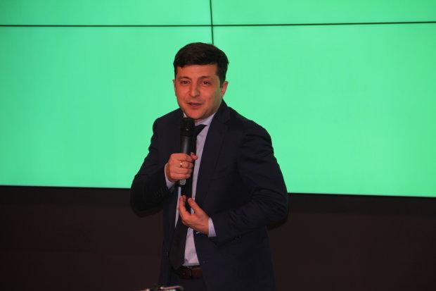Зеленський погодився на дебати з Порошенком, але є одна умова