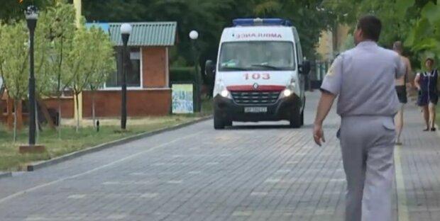 На Львовщине 10-месячный младенец выпал с балкона - малыш в коме, состояние критическое