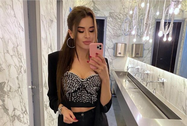 Дівчина Мурата Лілія, instagram.com/__l_i_l_i_a___