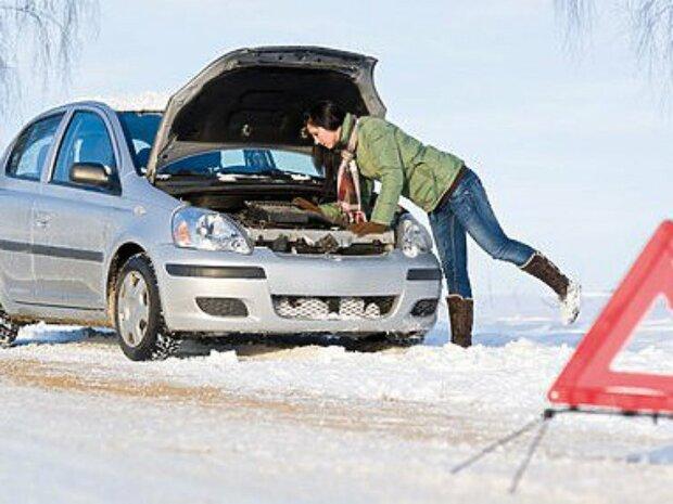 Автомобіль взимку