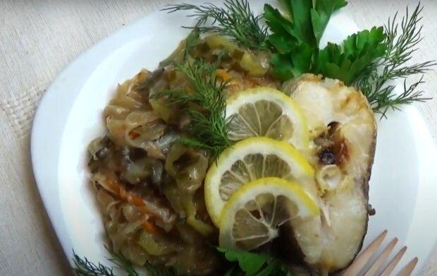 Рецепт приятной рыбной солянки на сковороде: бесподобно вкусное блюдо при таком сочетании продуктов