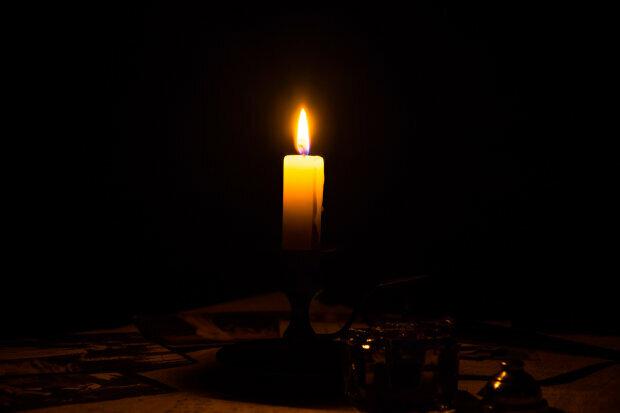Траурная свеча, фото Hyser