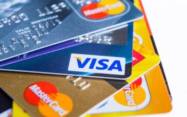 Visa или Mastercard: что лучше брать в путешествие