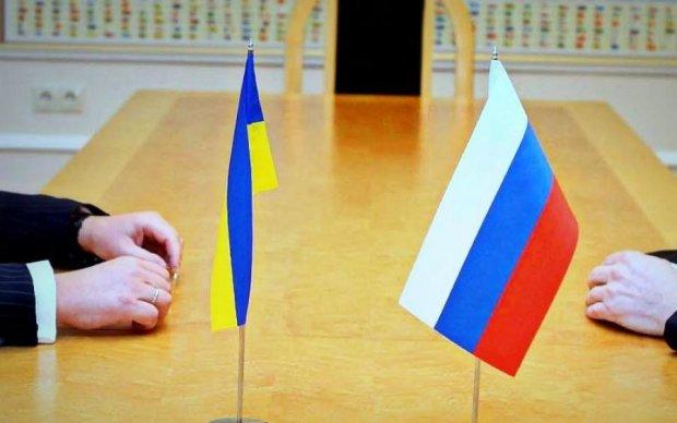 """Медведчук: ЗВТ з ЄС порушує """"Великий договір"""" з Росією"""