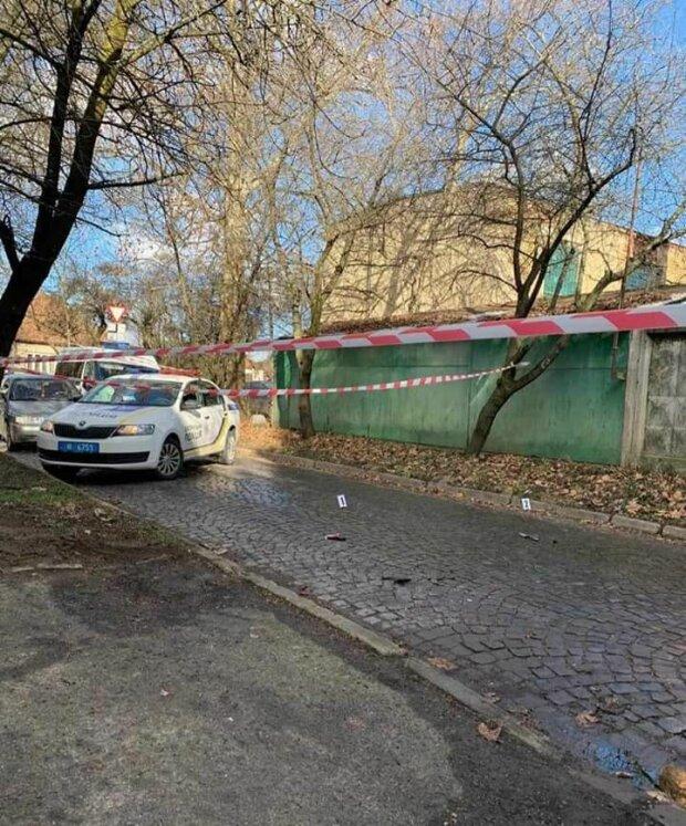 У Києві невідомі напали на родину ромів і спалили житло вагітної жінки
