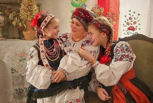 """фото з фейсбук-сторінки """"скарби України"""""""