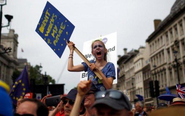 Протести в Лондоні: чого вимагають 100 тисяч чоловік