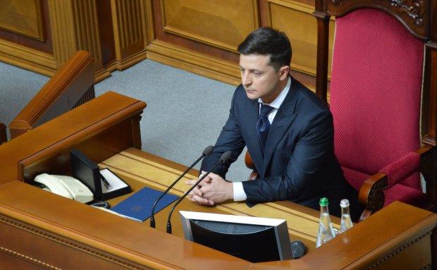 Зеленский подписал представление на увольнение Луценко и Климкина