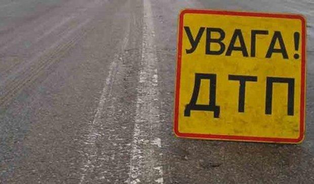 В Донецькій області хлопчик вибіг під колеса машини військовослужбовця