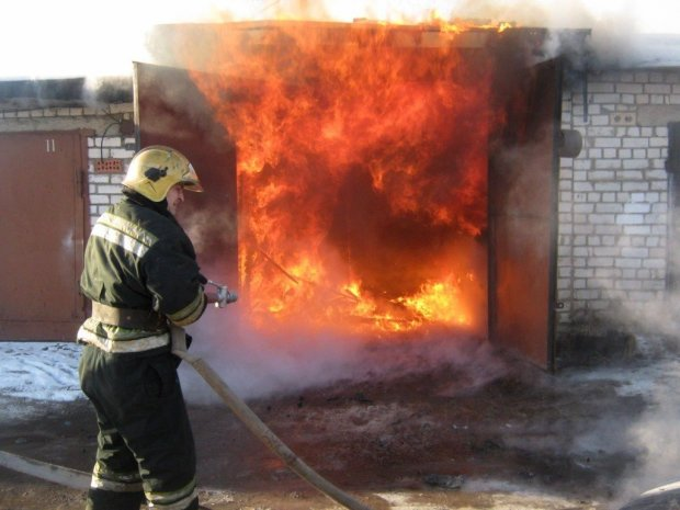 У Києві чоловік згорів живцем, займаючись улюбленою справою: подробиці кошмару
