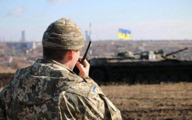 Бойцы ВСУ смели позицию врага одним выстрелом: видео