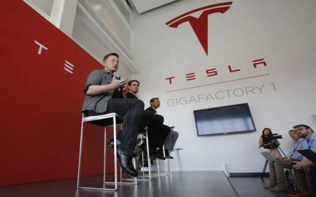 На заводе Tesla произошла утечка химического вещества
