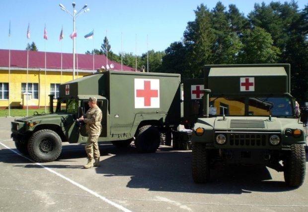 Військові у шпиталі Львова
