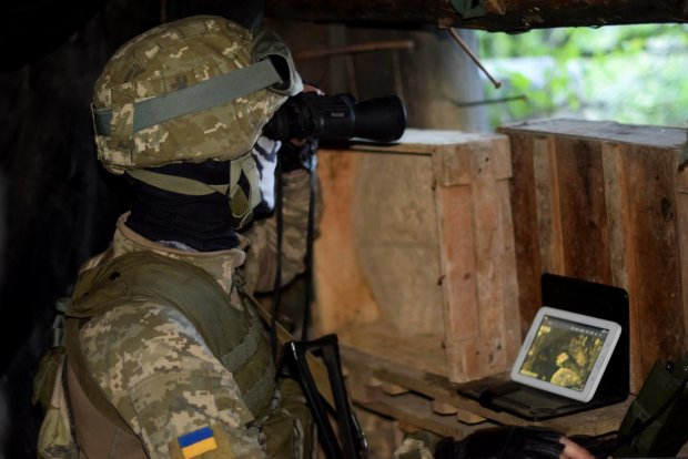 """Українські герої відправили машину бойовиків до Захарченка: """"гарматне м'ясо"""" Путіна злетіло у повітря"""