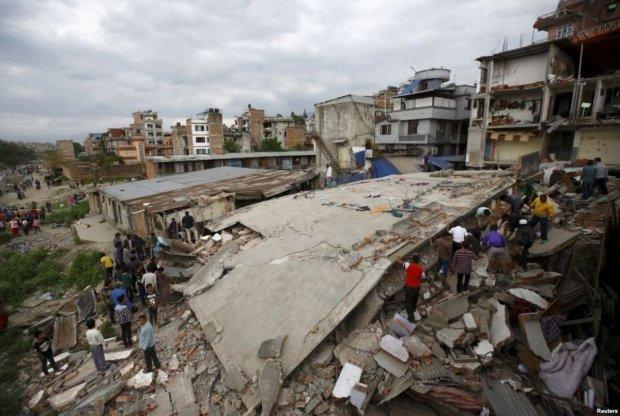 Землетрясение в Индонезии: МИД ищет среди погибших украинцев