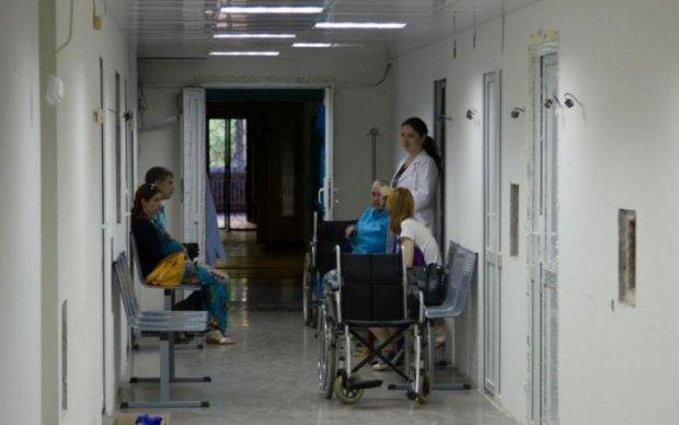 Треба знати кожному: в лікарнях на пацієнтів полює небезпечна банда