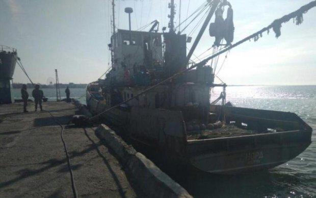 """У мережу злили нове відео затримання скандального російського судна """"Норд"""""""