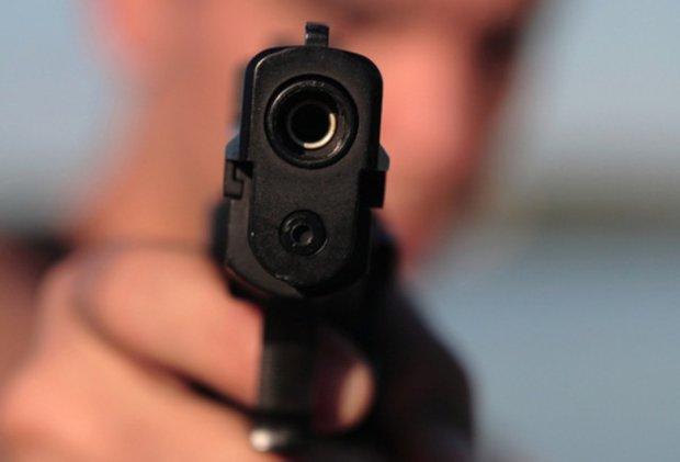 На Николаевщине пенсионер открыл стрельбу по детям посреди белого дня
