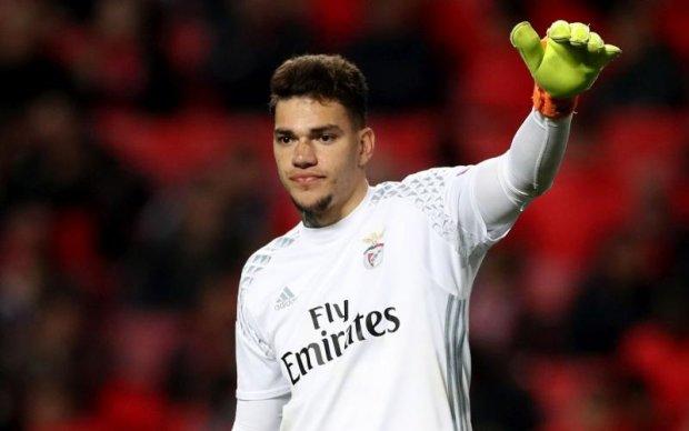 Португальський футбольний клуб продав воротаря за колосальну суму