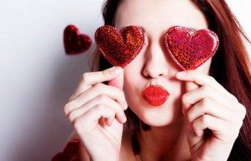 Привітання з Днем святого Валентина: в прозі і віршах