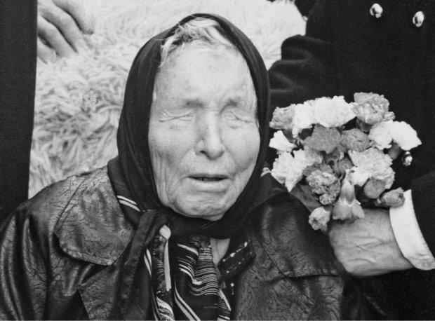 """""""Станеться війна, нещастя наваляться звідусіль, люди збідніють"""": жахливі пророцтва Ванги для України починають збуватися, що далі?"""