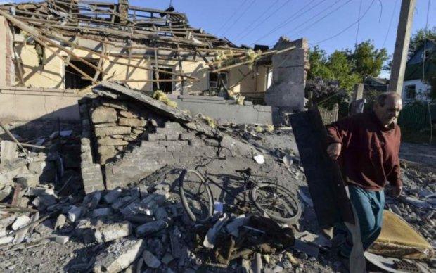 Обстрел остановки в Авдеевке: опубликовано видео с рассказом пострадавшей
