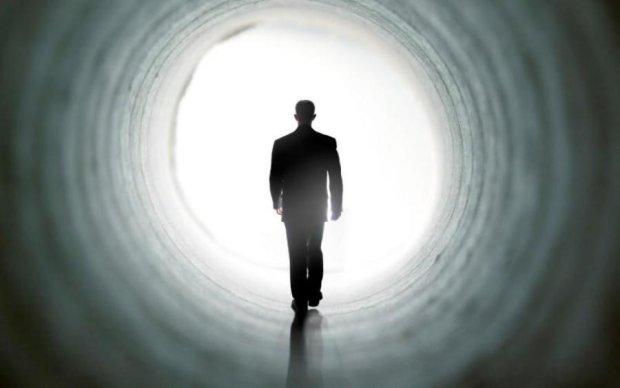 У це складно повірити: чоловік, який побував на тому світі розповів, що нас чекає