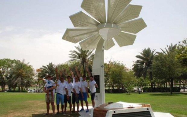 Смарт-пальма избавит жителей Дубая от проблем с гаджетами