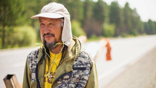 Якутский шаман не успел изгнать демона из Путина: увезли ночью в неизвестном направлении