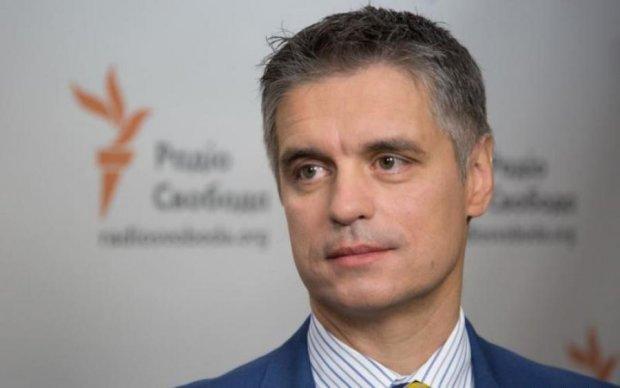 Угорщина блокує євроінтеграцію України: посол розповів, що відбувається