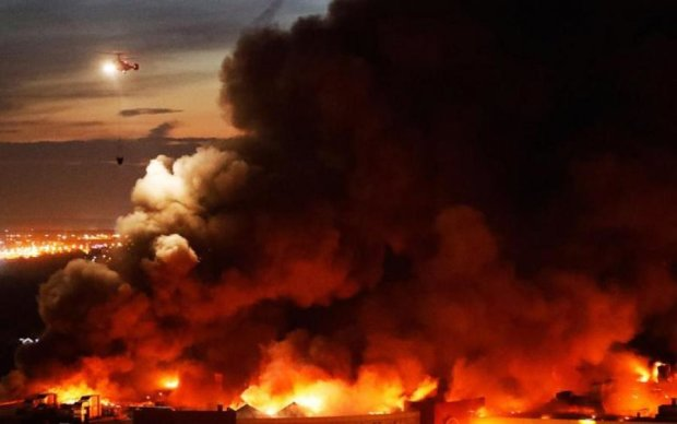 Авиация, спасатели и паника: Москва почернела из-за страшного пожара