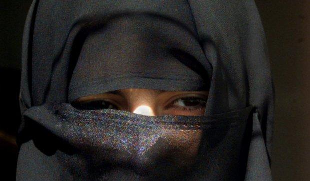 В Афганістані до смерті забили камінням 19-річну дівчину