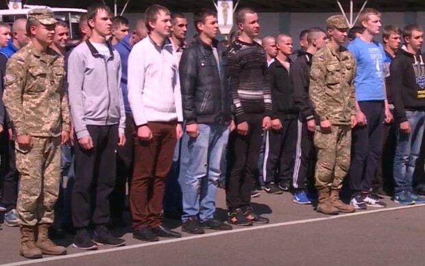 весняний призов в армію, скріншот з відео
