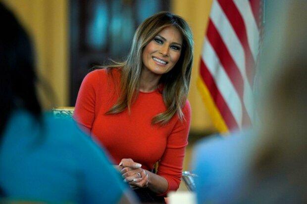 """Развратные фото Мелании Трамп увидел весь мир: как """"чудила"""" первая леди США до встречи с президентом"""