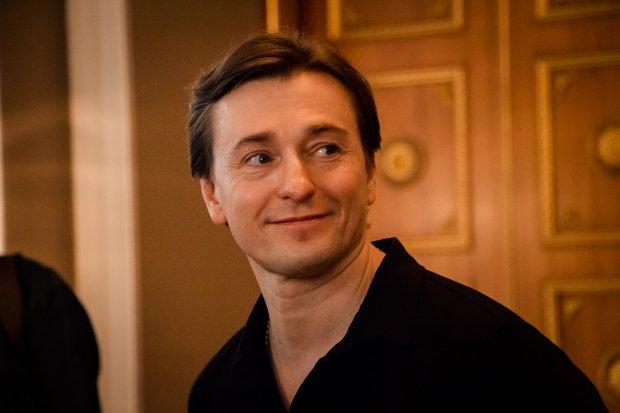Пополнение в семье Безрукова: актер ошарашил фанатов радостной новостью