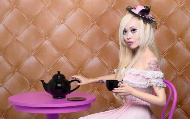 Барбі-психоз: на що пішла дівчина заради лялькової зовнішності