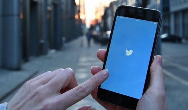 Тінейджери у Twitter за добу розбестили робота