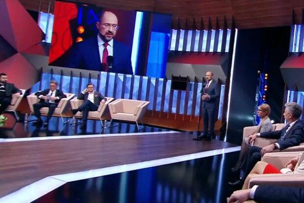 """Денис Шмигаль в ефірі програми """"Право на владу"""", скрін"""