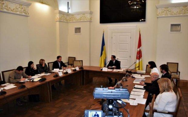 ЗМІ: Антимонопольний комітет діє в інтересах російських підсанкційних компаній