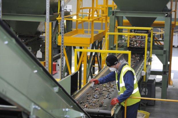 В Україні закрився останній завод по переробці батарейок: у чому небезпека