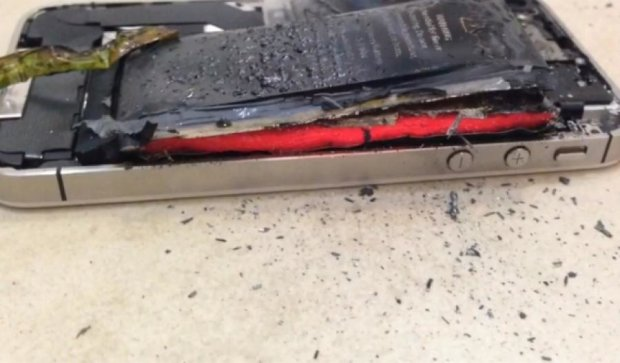 У Китаї під час зарядки вибухнув iPhone 6 Plus