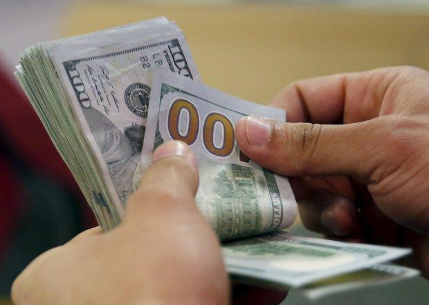 Нацбанк готовит очередные махинации с валютой: о чем предупредили украинцев