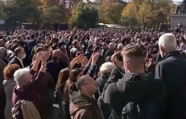 Протесты, фото: youtube
