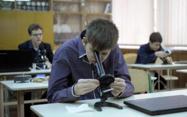 Портрет українського вчителя: кому ми довіряємо дітей