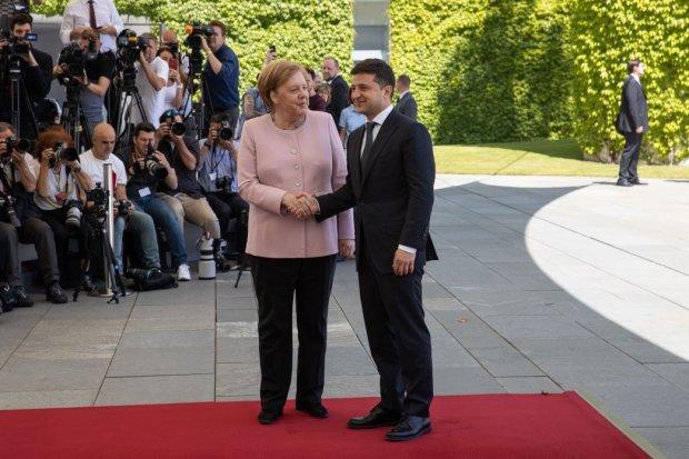 """Всі подробиці зустрічей Зеленського в Німеччині: тремор Меркель, небезпека """"Північного потоку-2"""" і санкції проти Росії"""