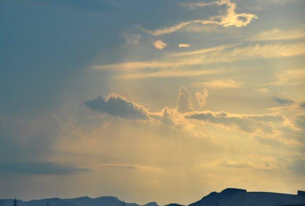 Божественное знамение увидели в небесах: лик Христа проявился в Италии и Аргентине