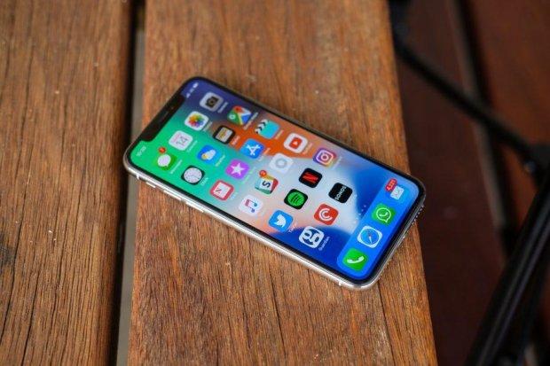 iPhone 11 с шестью камерами показали на фото