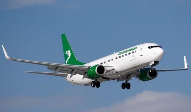 Пасажирський збір робить авіакомпанії боржниками