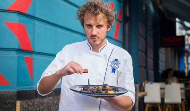 Манної каші не буде: у школах Франківська наминають обіди від Євгена Клопотенка